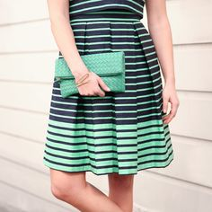 Doubling down on green for #StPatricksDay with this adorable popover striped dress and woven clutch. Are you sporting lucky green today? (Fannie Striped Dress & Adelade Woven Clutch)
