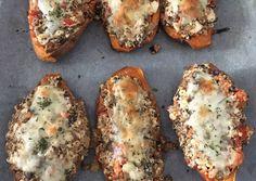 Töltött édesburgonya | Puszedly receptje - Cookpad receptek Baked Potato, Feta, Paleo, Potatoes, Baking, Ethnic Recipes, Potato, Bakken, Beach Wrap