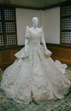 Filipiniana Dress / Balintawak Gown / Filipino Costume / Philippine Terno Filipiniana Dress, Filipina, Beauty Pageant, Gowns, Costumes, Wedding Dresses, Celebrities, Coat, Modern