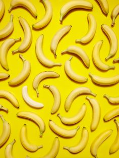 Banana Pattern --- Perfect Wrapping Paper pattern ---- Pop Art Inspiration