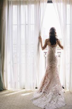 Stunning lace mermaid wedding dress.  #weddingdress #lace #mermaid
