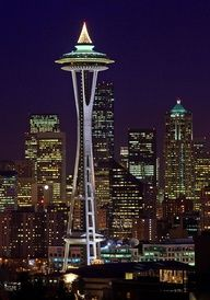 The Space Needle at Christmas Seattle, Washington via flickr