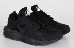 Nike Air Huarache Blackout