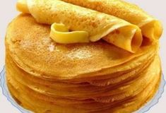 Panquecas finas sem ovos - Crazy for Cooking - Delicious Pancakes Snack Recipes, Cooking Recipes, Snacks, Cooking Food, Sweet Pastries, Russian Recipes, Galette, Saveur, International Recipes