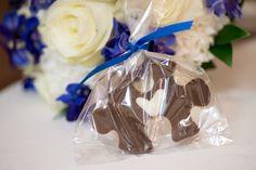 home made chocolate puzzle piece wedding favors    S Rain Photography - Minneapolis St Paul wedding photographer