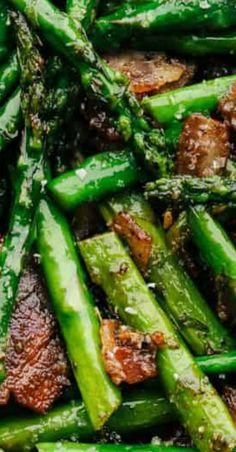 sauteed garlic asparagus with bacon Asparagus Bacon, Asparagus Recipe, Asparagus Casserole, Asparagus Dishes, How To Cook Asparagus, Healthy Snacks, Healthy Eating, Healthy Recipes, Clean Eating