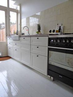 Jaren30woningen.nl | Keuken in jaren 30 stijl met terrazzo blad