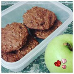 Porridge oat biscuits (healthy B) — Slimming World Survival Recipes Tips Syns Extra Easy Slimming World Sweets, Slimming World Puddings, Slimming World Breakfast, Slimming World Recipes Syn Free, Slimming World Diet, Slimming Eats, Slimming World Porridge, Slimming World Baked Oats, Slimming World Flapjack