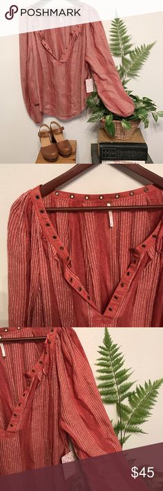 Free People top Pretty mauve peasant top with gold accent hoops around collar. Free People Tops Blouses