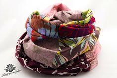 Bunte Rundschals Loop Schals von #Lieblingsmanufaktur: Farbenfrohe Loop Schals, Tücher und mehr auf DaWanda.com