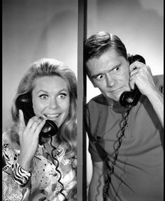 """""""Bewitched"""" Elizabeth Montgomery as Samantha Stephens Dick York as Darrin Stephens.I loved this show Agnes Moorehead, Beverly Hills, Bewitched Tv Show, Bewitched Elizabeth Montgomery, Erin Murphy, Old Shows, Great Tv Shows, Show Photos, Classic Tv"""