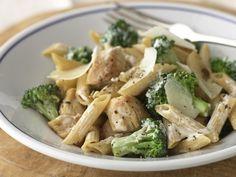 Healthy Chicken and Broccoli Parmesan Pasta