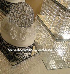 DECORATE MY WEDDING - Crystal Wedding Cake Centerpieces