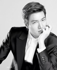 lee min ho, I'm gonna miss you during your 2 year mandatory military service.  Come back safely!