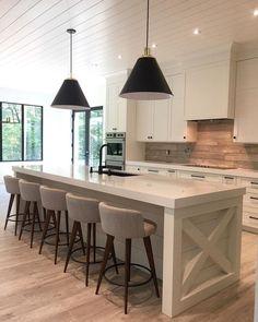 Kitchen Cabinets Decor, Home Decor Kitchen, Kitchen Countertops, Kitchen Furniture, Kitchen Design, Cabinet Decor, Kitchen Island, Kitchen Fixtures, Kitchen Walls
