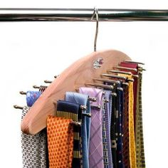 Woodlore Cedar Tie Hanger for 42 ties-Price Double sided hanging Tie Organizer Can hang up to 42 ties Ideal for space saving solutions Hangers