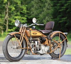 A pair of 1927 Cleveland four-cylinder motorcycles, a model 4-45 and a model 4-61, together in one place. (Story by Margie Siegal. Photos by Sedrick Mitchell. Motorcycle Classics — May/June 2017)