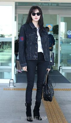 Lee Sung Kyung Photoshoot, Airport Style, Airport Fashion, Kpop Fashion Outfits, Korean Actresses, Asian Fashion, Women's Fashion, Outfits For Teens, Street Style