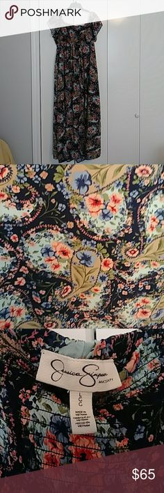 Jessica Simson Maternity dress Excellent condition maternity dress. Worn it once for a babyshower Jessica Simpson Dresses