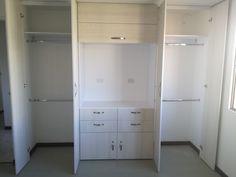 Bedroom Closet Design, Bedroom Wardrobe, Bedroom Decor, Men Closet, Walk In Closet, Decor Interior Design, Interior Decorating, Condo, Kids Room