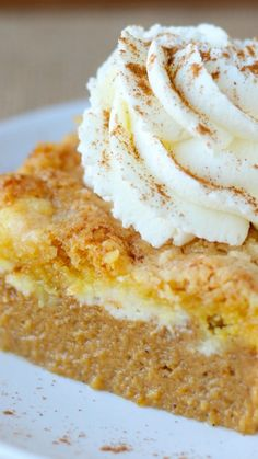 Pumpkin Cream Cheese Dump Cake ~ Delicious pumpkin pie filling covered in a layer of sweet cream cheese and topped with a crunchy cake mix topping.  It's all the glamour and deliciousness of pie with none of the fuss!