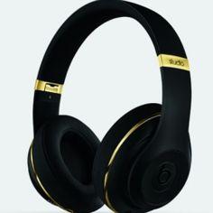 Limitirana kolekcija Alexander Wang za Beats by Dr. Dre - Blender Online