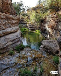 El Arroyo de la Madera. Uña, Serrania de Cuenca 💦🌾 #Pozas #SerraníadeCuenca Places To Travel, Places To Go, Travel Around, Mystic, The Good Place, Random, World, Amazing, Water