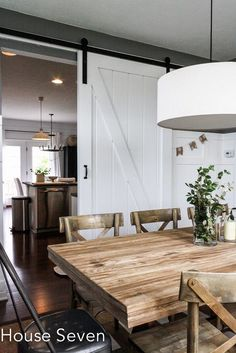 Build a sliding barn door for a dining room - House Seven on Futuristisches Design, House Design, Interior Design, Room Divider Doors, Blogger Home, Home Decoracion, Diy Barn Door, Diy Door, Interior Barn Doors