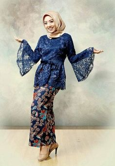 20 Super Ideas For Sewing Skirts Women Maxi Dresses Kebaya Modern Hijab, Model Kebaya Modern, Kebaya Hijab, Kebaya Muslim, Kebaya Lace, Batik Kebaya, Kebaya Dress, Dress Brokat, Muslim Fashion