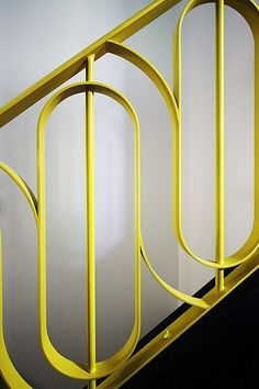 Stunning Art Deco Stair Railing Designs For Modern Home Interior - GetDesignIdeas