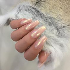 21 chrome nails that prove this is currently the biggest manicure trend # de . - 21 chrome nails that prove this is currently the biggest manicure trend # designe - Mirror Nail Polish, Mirror Nails, Mirror Mirror, Nude Nails, Nail Manicure, Gel Nails, Polish Nails, Nail Polishes, Gorgeous Nails