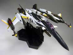 DX Chogokin Macross Frointer YF-29 30th Anniversary vesion with Super Pack - fighter