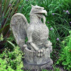 Cat Garden Statue Make the garden a place of wonder with a garden