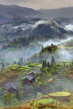 Village on the rice terraces of Southern China! Click through to see 27 of the most beautiful villages in the world!