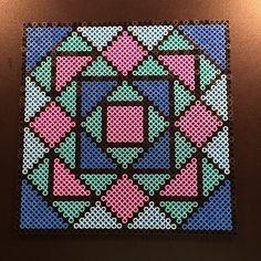 Geometric hama perler bead design by aslaugsvava