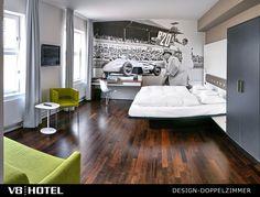 V8 Hotel: ZIMMER
