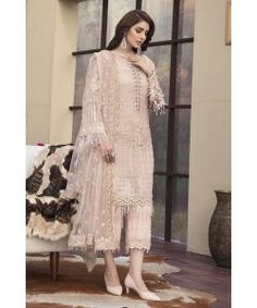 Motifz Luxury - Lawn - Dusty Pink – Blossoms by Azz Indian Gowns, Net Dresses Pakistani, Pakistani Party Wear, Pakistani Wedding Outfits, Pakistani Dress Design, Indian Outfits, Pakistani Gharara, Pakistani Designer Suits, Designer Kurtis