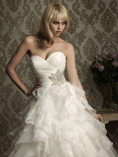 Robe de bal sans bretelles sweetheart robe de mariage en organza
