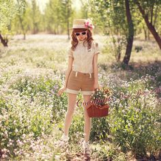 lace top, shorts with lace details and hat with flowers, perfect for summer, japanese fashion