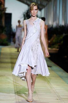 Roberto Cavalli Spring 2010 Ready-to-Wear Fashion Show - Elsa Sylvan