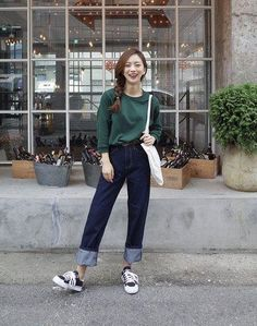 so simple yet worn with such complexity and style · Korean girl fashionUlzzang  FashionKorean