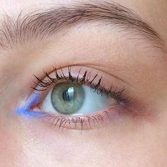 Pale Blue Liner