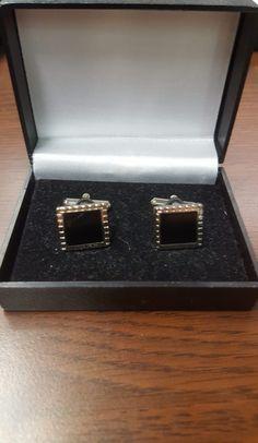 pánske manžetové gombíky The post manžetové gombíky 5 appeared first on MARTTINO Fashion. Wedding Rings, Engagement Rings, Jewelry, Fashion, Enagement Rings, Moda, Jewlery, Jewerly, Fashion Styles