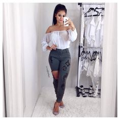 """3,180 Likes, 26 Comments - Maria Palafox   Official IG (@mpalafox15) on Instagram: """"Mondays are not that bad when you have a cute outfit!  #workootd #fashionnova #novababe Styling…"""""""