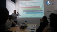Treinamento Presencial sobre Qualificação de Equipamentos e Utilidades ministrado por Fabricio Rodrigues Dias (Diretor Técnico M&D Consultoria), Um treinamento bem diferenciado com muitos cases práticos para que os alunos possam aprender a elaborar documentos de qualificação. FIQUEM ATENTO AO NOSSOS PRÓXIMOS TREINAMENTOS em parceria com EAD PLUS: 23/10 - Qualificação Térmica 27/11 - Qualificação de Transporte 11/12 - Gerenciamento de Riscos Maiores informações: contato@consultoriamd.com.br
