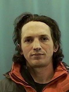 A confessed serial killer was found dead in Alaska this weekend. Israel Keyes is believed to have killed at least eight people over Famous Serial Killers, Natural Born Killers, Real Monsters, Evil People, Criminology, The Victim, Criminal Minds, Look At You, True Crime