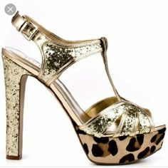 🍁SALE🍁LIKE NEW!! Guess leopard and gold platform Guess multi textures platform heels..gold and leopard..GREAT condition only worn once..size 8..super comfortable!! Guess Shoes Heels