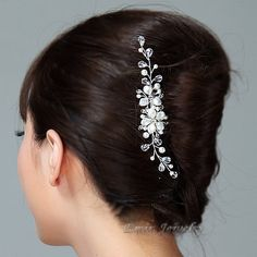 White+Swarovski+Pearl+Floral+Bridal+Hair+Comb++Off+by+adriajewelry,+$48.00