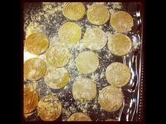 Hand-made corzetti pasta with walnut/pine nuts sauce - YouTube