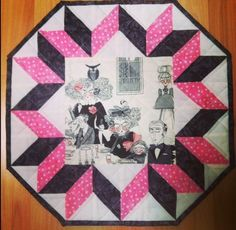 Kwilty Pleasures: GHASTLIES REVEAL - DAY 3 - Wednesday @traceyquilts made this mini quilt
